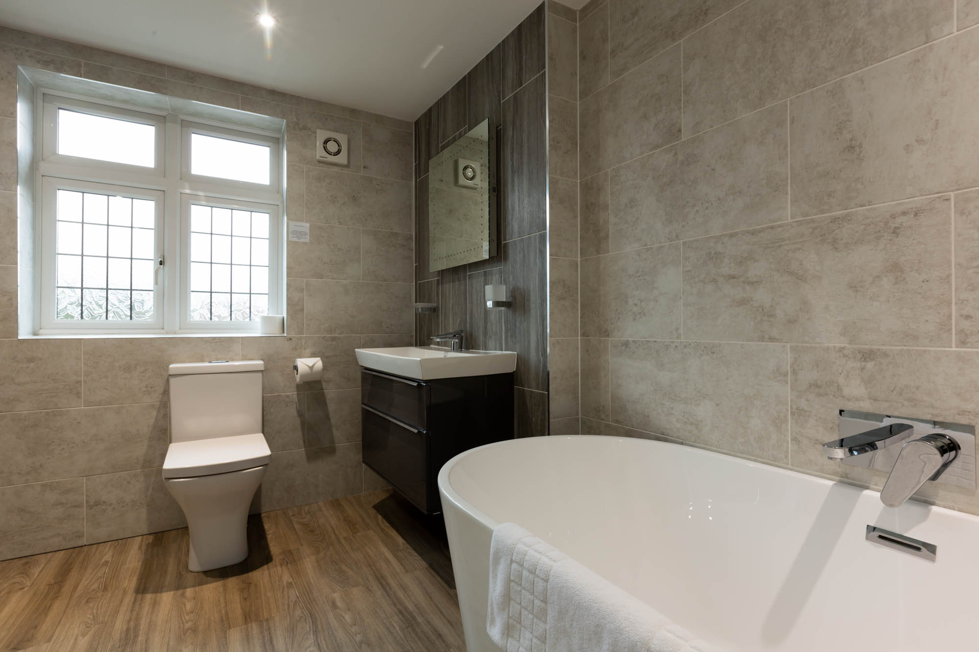 Executive Plus Bathroom with Bath